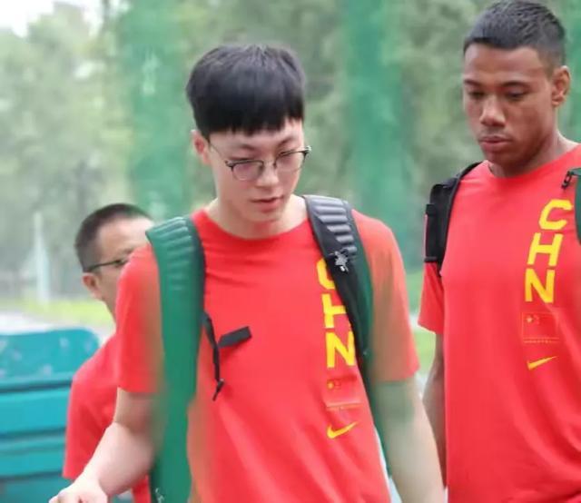 CCTV5曲播!中国男篮首秀迎战日本队,杜锋能否获得开门红?-第2张图片